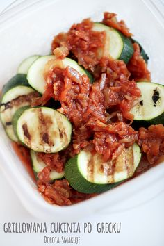 Grillowana cukinia po grecku - dieta dr Dąbrowskiej My Recipes, Snack Recipes, Snacks, Bbq Grill, Grilling, Vegetarian Recipes, Healthy Recipes, Good Food, Food And Drink