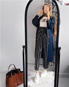 How to wear striped pants with hijab Just Trendy Girls Hijab Fashion Summer, Modern Hijab Fashion, Street Hijab Fashion, Hijab Fashion Inspiration, Muslim Fashion, Modest Fashion, Fashion Outfits, Fashion Pants, Casual Hijab Outfit