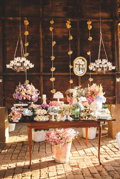 mesa de doces do casamento.which must translate to.charming spread in a rustic building:-) Candy Table, Dessert Table, Engagement Party Decorations, Table Decorations, Diy Centerpieces, Wedding Desserts, Wedding Cakes, Diy Wedding, Rustic Wedding