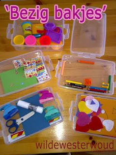 fijne motiriek. keuze. Classroom Organisation, School Organization, Sensory Boxes, Busy Boxes, My Little Girl, Pre School, Toddler Activities, Kids And Parenting, Kids Playing