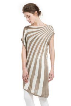 Knitbest Women's Sleeveless Oblique Striped Tunic Dress  100%Cotton  Irregular sweater tunic, see through  Model's profile: 175cm/68.90inch, Bust:82cm/32.28inch, Waist:60cm/23.62inch, Hip:89cm/35.04inch