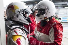 Qualirennen Nürburgring: Er betankt unser Auto - Uwe Röth / Qualification race Nürburgring: Uwe Röth - he makes sure our car's got gas