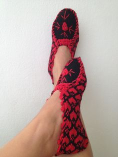 Red and black Otantic slippers, special knitting slippers,Home slippers -valentines day
