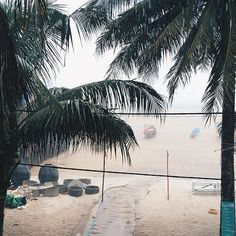 So we woke up this morning ready to take a boat and then a bus to proceed with our adventure and we found this. A huge storm. A huge monsoon. I don't know if we can leave this island and probably we are going to miss our bus. Well this is how winter looks like in South East Asia. #vsco #khmer #kohrong #backpacker #FateInAsia #cambodia