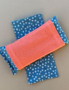 All organic this eye pillow is 8 x 4 and comes with by PureRest
