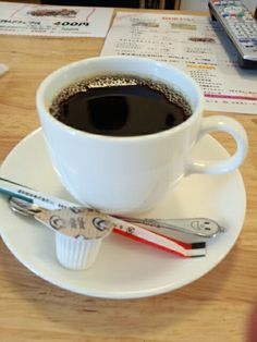 食後は黒豆コーヒーホットいただいています。