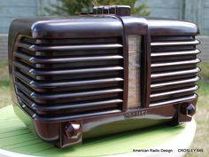Radio Record Player, Record Players, Retro Radios, Old Time Radio, Art Deco Movement, Antique Radio, Art Deco Home, Art Deco Design, Art Deco Fashion