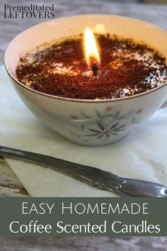 Give these Coffee Scented Candles as gifts to any coffee lover or use them to scent your home! The tutorial uses soy wax flakes and real coffee grounds. Easy DIY Christmas or Hostess Gift idea. Beeswax Candles, Soy Candles, Candle Wax, Candle Craft, Fall Candles, Homemade Scented Candles, Homemade Coffee Candle, Scented Wax, Soy Wax Flakes