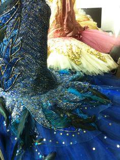 Costume shop @ the San Francisco Ballet Tutu Ballet, Ballet Dancers, Tutu Costumes, Ballet Costumes, Boris Vallejo, Royal Ballet, Dark Fantasy Art, Body Painting, Pretty Costume