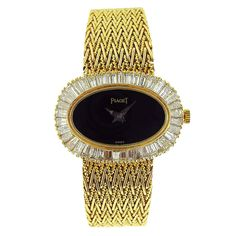 Piaget, Gold Ladies Bracelet Watch W/Onyx Dial & Diamonds Elegant Watches, Stylish Watches, Beautiful Watches, Beautiful Ladies, Vintage Watches Women, Watches For Men, Women's Watches, Look Boho Chic, Ladies Bracelet Watch