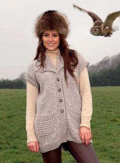 Robin chunky longline sleeveless cardigan. Free pattern: http://blog.loveknitting.com/two-free-knitting-patterns-cardigan-and-scarf/