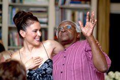 Alyssa Milano with Desmond Tutu Desmond Tutu, Alyssa Milano, American Actress, Nude, Singer, Actresses, Pure Products, Couple Photos, Instagram Posts