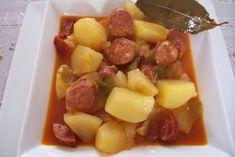 Receta de Patatas a la riojana de dificultad Fácil para 4 personas lista en 60 minutos.