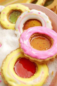 [烘焙菜鳥日誌] 寒冬裡最閃耀的「寶石餅乾」聖誕節限定! ~ 食指大動%Food-Funs