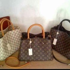 Louis Vuitton Sling Bags 👸👜👜👜😻 😍💋💋💋 .. .. .. .. .. .. .. .. .. .. .. .. .. .. .. #LouisVuittonBags #onlineshop #fashion #fashionista #replica #goodqualityguaranteed  Visit & like our fb page https://m.facebook.com/mheryzboutique/ (formerly MheryzFashionOnlineStore) (Proof of shipping to customers are posted there :) 😊😊) #babygwatch #gshockwatches #gshock #casiowatch #casiogshockthailand #babygwatchonlineshop #camouflagewatch #camouflage #watchforher #casiowatchforher…