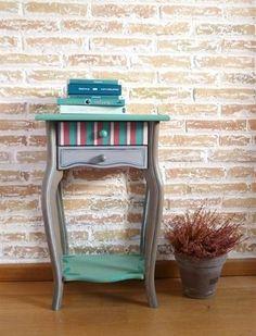 Mesita pintada a mano el turquesa y gris - Muebles pintados a mano - L'atelier du Papillon                                                                                                                                                                                 Más