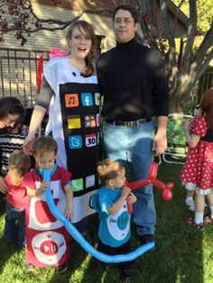 I totally canu0027t wait to have kids just so I can dress them up for Halloween. | Halloween Baby Dolls. | Pinterest | Angry birds Bird costume and Costumes  sc 1 st  Pinterest : fun family halloween costumes  - Germanpascual.Com
