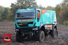 Le DAKAR, c'est reparti avec IVECO - truck Editions