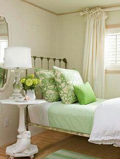 Green! guest room