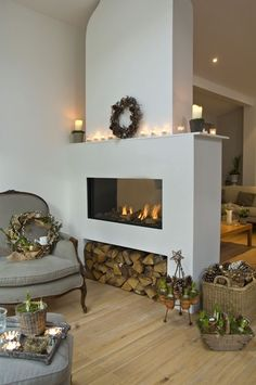 Modern fireplaces rustic living room double-sided fireplace firewood storage baskets of flowers wreaths Bedroom Storage Ideas For Clothes, Bedroom Storage For Small Rooms, Bathroom Storage, Home Fireplace, Fireplace Design, Fireplace Ideas, Fireplace Hearth, Fireplace Modern, Small Gas Fireplace