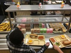 Donors unite nationwide to pay off kids' school lunch debts