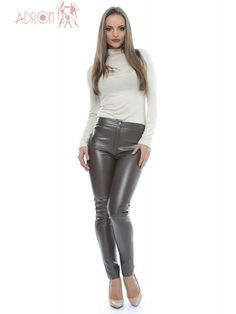 Leather Pants, Model, Fashion, Leotards, Leather Jogger Pants, Moda, Fashion Styles, Lederhosen