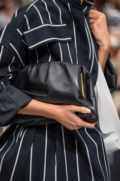 Get the trendiest Clutch of the season! The Cline Pleated Purse Black Smooth Calfskin Leather Clutch is a top 10 member favorite on Tradesy. Louis Vuitton Neverfull Damier, Louis Vuitton Speedy 25, Lambskin Leather, Leather Clutch, Brown Leather Totes, Black Leather, Celine Clutch, Clutch Bag, Celine Nano Luggage