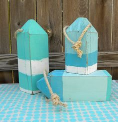 Easy 4X4 Weathered Wood Beach Buoys~ LOVE them!