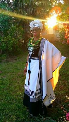 ❤ ❤ Heritage XhosaTraditional Attire ❤ ❤ African Wear, African Dress, African Fashion, Xhosa Attire, African Clothes, Fashion Beauty, Style Fashion, African Beauty, Traditional