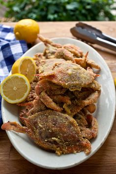 14 Mouth-Watering Crab Recipes You Need To Try - Crunchy Soft-Shell Crabs Lobster Recipes, Fish Recipes, Seafood Recipes, Cooking Recipes, Cooking 101, Cooking Nytimes, Nytimes Recipes, Cooking Corn, Crab Dishes