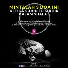 Pray Quotes, Quran Quotes Inspirational, Hadith Quotes, Study Quotes, Message Quotes, Muslim Quotes, Islamic Quotes, Quotes Sahabat, Wisdom Quotes