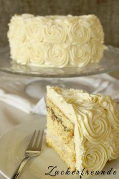 Whit chocolate rose Cake (Mit Zitronen-Vanille Füllung und ein bisschen Nutella)