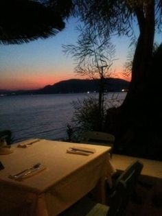 Philosophia. The best location to watch the sun go down, in the whole of Pefkos. And lovely food!