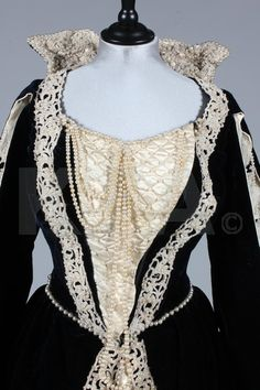 """Detail, """"Mary, Queen of Scots"""" and """"Lord Darnley"""" fancy dress by Russell & Allen of Old Bond Street, ca 1900 London"""