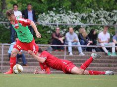 #Jon #Stublla hält den Gegenspieler von #FCU an der Hose fest.| 26. Spieltag BAK vs. #FCUnionBerlin(Saison 14/15) - Ergebnis: 0:2 Niederlage
