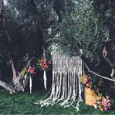 FESTIVAL BRIDES || Macramé Matters: the Knotted Wedding Trend we (Still) Heart! Hipster Wedding, Decorative Knots, Bridal, Wedding Decoration, Boho Wedding, Hipster Stuff, Centerpieces, Free Spirit