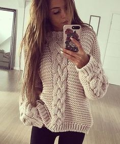 Sweater Mittens, Hand Knitted Sweaters, Winter Sweaters, Women's Sweaters, Big Sweater, Sweater Weather, Simple Outfits, Girly Outfits, Casual Outfits