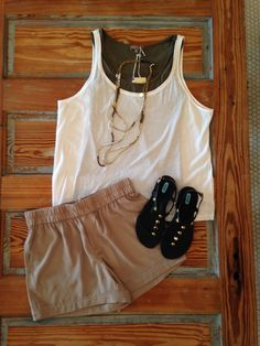 Everyone needs a go-to Saturday outfit, and this mix of neutrals fits the bill.