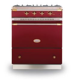 70cm cookers are quite rare. Lacanche has a few to choose between, including this Cormatin 70 model.