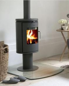 The Morso 6148 is a small convection stove that offers the perfect solution when heating needs are limited or as a supplement to another heat supply.