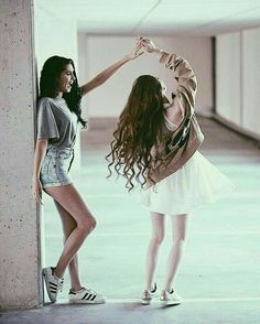 Dancing Poses For Pictures Fun 39 Ideas Photos Bff, Best Friend Photos, Bff Pictures, Best Friend Goals, Friend Pics, Best Friend Pictures Tumblr, Instagram Pictures To Post, Best Friend Photography, Girl Photography Poses