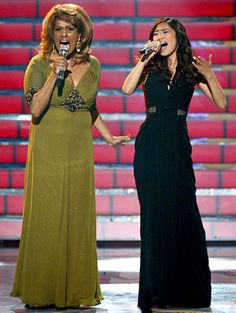 """Jennifer Holliday and Jessica Sanchez perform during Fox's """"American Idol 2012"""" results show on May 23, 2012 in Los Angeles, California."""