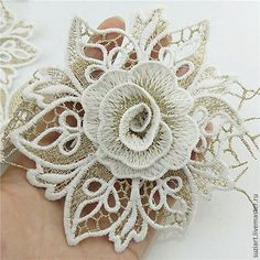Embroidery Fabric White Lace Flower Trims Bridal Applique Crafts in Crafts, Sewing, Embellishments & Wonderful crocheted leaf tutorial - Diy pattern, knit - 2014 need some crochet tutorial style inspo? these should do the trick by Lucasy Crochet Zig Zag, Freeform Crochet, Cotton Crochet, Irish Crochet, Crochet Motif, Crochet Pillow, Single Crochet, Crochet Flower Patterns, Flower Applique