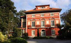 Hotel Casona de la Paca (Cudillero, Asturias, Spain) http://www.rusticae.es/hoteles-con-encanto-espana/asturias-hotel-casona-de-la-paca
