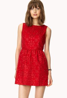 Festive Floral Dress | FOREVER21 Lady in red #ForeverHoliday #Floral