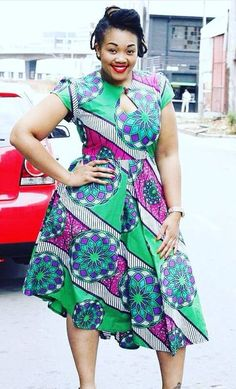 The pattern to this dress! African Dresses For Women, African Print Dresses, African Attire, African Wear, African Women, African Prints, African Inspired Fashion, African Print Fashion, Africa Fashion