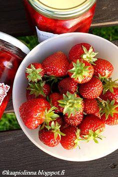 Kääpiölinnan köökissä: God save strawberry jam and all the different varieties