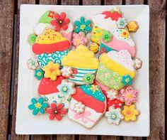Cours de décoration de biscuits : faites vite! - Miss Cuit so many sweet flowers