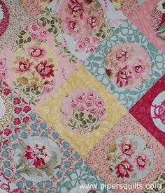 Robyn Pandolph Freespirit fabric line, Applique circles quilt. - by . Quilting Projects, Quilting Designs, Sewing Projects, Quilting Ideas, Scrappy Quilts, Easy Quilts, Circle Quilts, Quilt Blocks, Flower Quilts