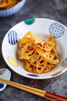 Kinpira Renkon (Japanese Lotus Root Stir Fry) きんぴら蓮根 (Just One Cookbook) Japanese Dishes, Japanese Food, Japanese Recipes, Japanese Salad, Japanese Pickles, Japanese Curry, Traditional Japanese, Snack Recipes, Cooking Recipes